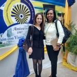 Dra Sandra Muñoz y la Lic Adriana Rodríguez llegando al acto