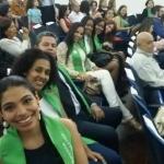 Graduandos a la espera de sus Diplomas